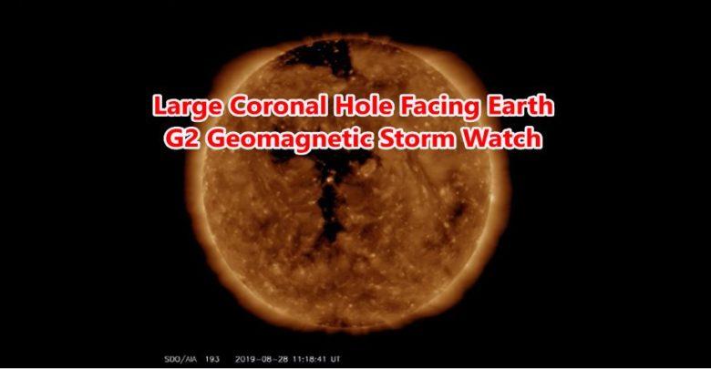 Photo of Grande buco coronale rivolto verso la terra